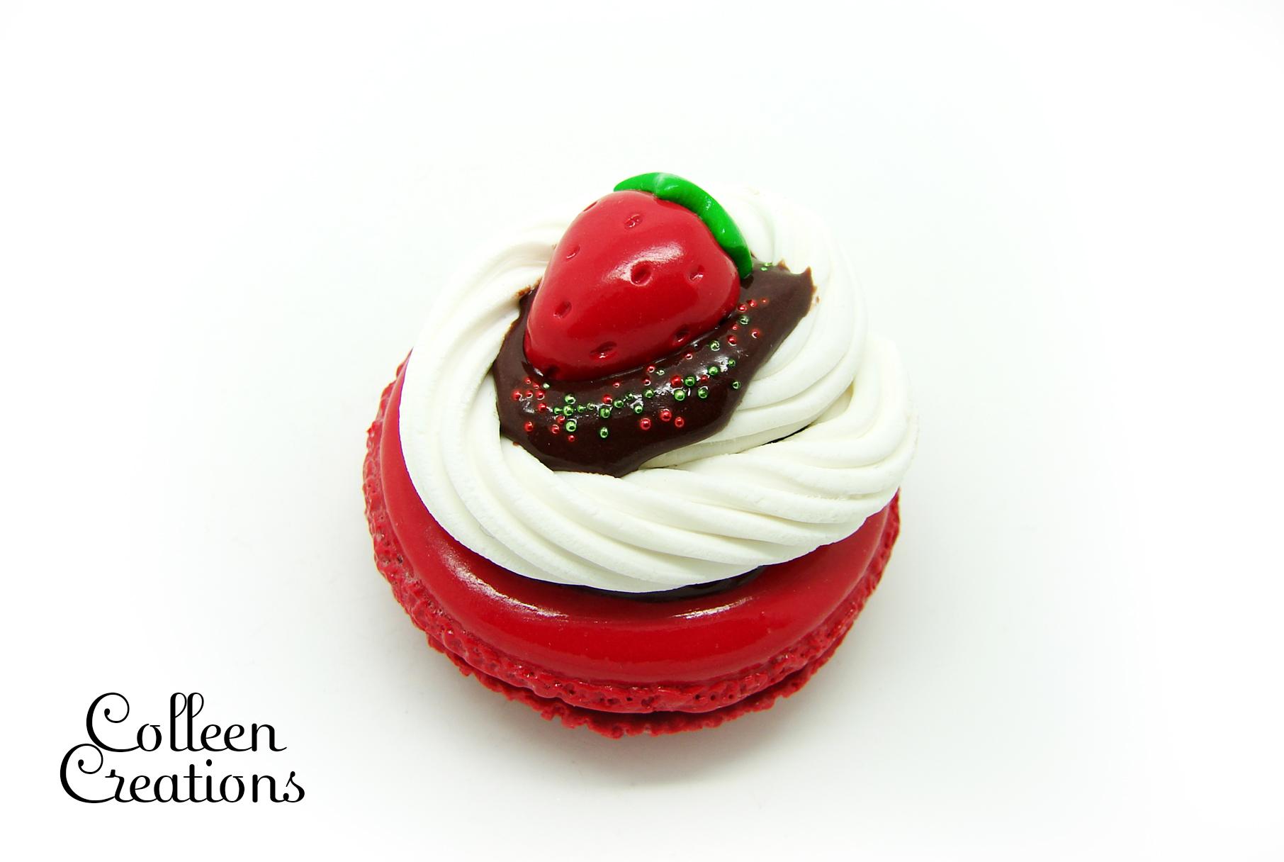 aimant-macaron-fraise-2