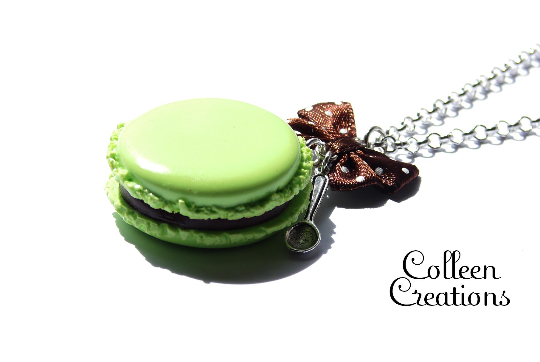 collier-macaron-pistache-chocolat