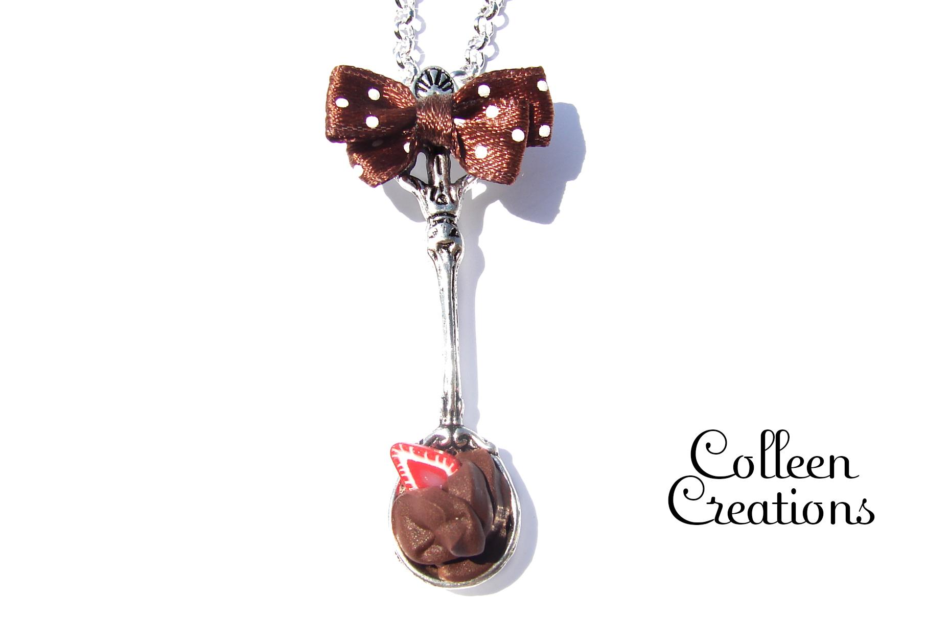 sautoir-cuillere-chocolat-fraise